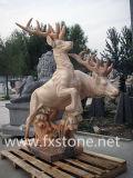 정원 훈장을%s 새겨진 대리석 사슴 조각품