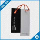 Etiqueta de papel de arte de recubrimiento con una cadena para Jeans