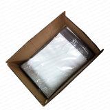 Piccole buste dei poli sacchetti bianchi che spedicono sacchetto con la casella
