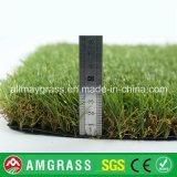 Tappeto erboso sintetico dell'erba di qualità eccellente, erba artificiale d'abbellimento di 40mm per il giardino