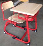 Escritorio caliente del estudiante de la venta de los muebles de escuela con la silla de la fijación