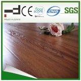 suelo grabado sincronizado 12m m del laminado de la madera dura