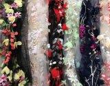 Ткань шнурка вышивки конструкции способа много цветов для платья