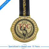 締縄のおもちゃ亜鉛合金のブローチのバスケットボールのケースが付いているエナメルの金の勝者メダル