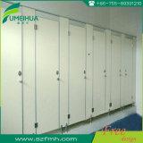 Impermeabilização de materiais de resina fenólica para cubículo de toalete