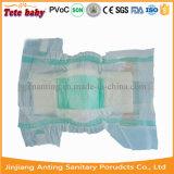 Prix de constructeur confortable choyé remplaçable de couche-culotte de bébé