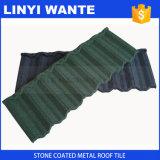 Popolare in mattonelle di tetto rivestite del metallo della pietra variopinta dell'Africa
