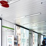 卸し売りクリーン電力のアルミニウム装飾的で白いストリップの天井のタイル