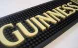 Custom Beer Wine Wiskey Soft PVC Rubber Drip Drop Plastique Moulded / Mold Marque Logo Promotionnel / Promotion Bar Drip Rail Runner Mats