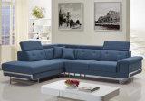 Il grande sofà di formato ha impostato per l'ingresso dell'hotel o la sala riunioni