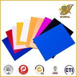 装飾的なパネルのための厚いカラーPVCシートの使用