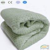 ベッドのソファーのベッドカバーの対の女王のためのパイナップル投球の羊毛毛布