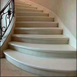 熱い販売法の美しいCrema Marfil大理石階段、ステアケースデザイン