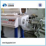 Tubo de PVC conducto eléctrico que hace la máquina