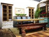 Primitive Simplicity와 Elegant Stool Antique Furniture의