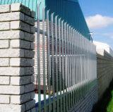 速いポストPVC上塗を施してある庭の塀のパネル