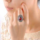 Legering-gemaakte Vrouwelijke Ring met de Rode Retro Manier van het Kristal van de Steen