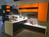 2018 passte modernen freien Entwurfs-Ausgangsmöbel-Küche-Schrank an