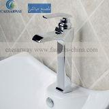 Le robinet du bassin en laiton de coulée avec filigrane approuvé