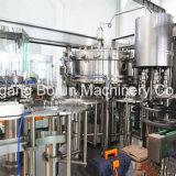 Máquina de relleno carbonatada del lacre de la bebida de la botella redonda del animal doméstico