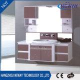 La fábrica de la alta calidad modificó diseño de la vanidad para requisitos particulares del cuarto de baño del PVC