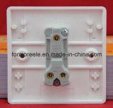 Interruptor de parede britânico /uma pista do Interruptor de Duas Vias /o Interruptor de Botão