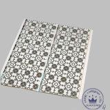 panneau de décoration de PVC de cannelure de milieu de 5/6/7mm pour le mur et plafond avec l'impression