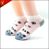 Fabricante del calcetín del tobillo del poliester