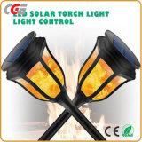 Indicatore luminoso esterno impermeabile tremulo di paesaggio del giardino delle lampadine 96 LED del LED della fiamma solare dell'indicatore luminoso