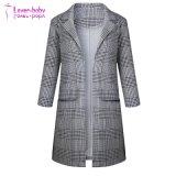 여자의 소매 9개 점이 고리 열리는 정면 긴 얇은 재킷 외투를 맞추었다