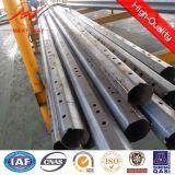 Conexión de acero de poste con las guarniciones de acero de poste