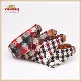 Quattro busbane francesi del triangolo della sciarpa del Bandana dell'animale domestico di stili per il cane Kc0173 del gatto