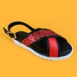 Pattini pianamente casuali dei sandali di slittamento della traversa di modo di scintillio di modo dei capretti anti