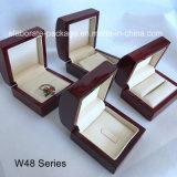 Comercio al por mayor de la curva de joyas de madera brillante juego de la caja de regalo