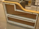 Metal Ladder-Shaped&Estructura de madera Mostrar en prenda de vestir y accesorios