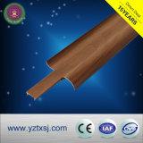 PVC 코너 선 나무로 되는 디자인 부속품 PVC 둘러싸는 널