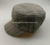 Sombreros militares del invierno de encargo con la guarnición del edredón