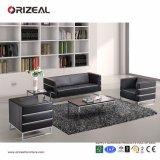 Strato di cuoio nero adagiantesi dell'ufficio di Orizeal da vendere (OZ-OSF007)