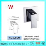 Grand dos sanitaire de filigrane d'articles dans le mélangeur en laiton de douche de mur (HD505D9)