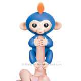 Fingerlingsの対話型の赤ん坊猿の電子おもちゃ