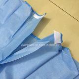 博士のためのSurgery Stelizedの使い捨て可能なNonwoven手術衣