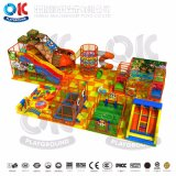 Оборудование спортивной площадки детей хорошего качества крытое