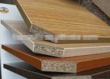 De houten Lijm van het Vernisje voor/Vernisje die plakken lamineren