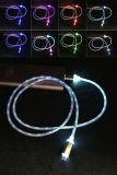 Câble coloré de chargeur de caractéristiques de l'éclairage LED USB pour tout le téléphone cellulaire de genres