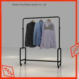 Estante de visualización del acero inoxidable para la ropa