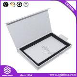 Contenitore di regalo semplice della cuffia avricolare del cartone di vibrazione di vendite calde con il foro d'attaccatura conveniente