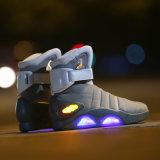 Éclairage LED neuf de mode vers le haut de qualité de chaussures «de nouveau aux chaussures rougeoyantes de guerrier de DEL de contrat à terme» pour les hommes Cosplay allumant les chaussures Hightop
