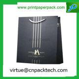 Bolsa de papel laminada lustre negro de encargo de Kraft de la alta calidad con insignia