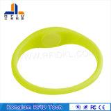 Wristband ultra de alta freqüência do silicone de RFID para banhar centros