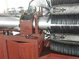 Manguito acanalado anular del metal flexible que forma la máquina